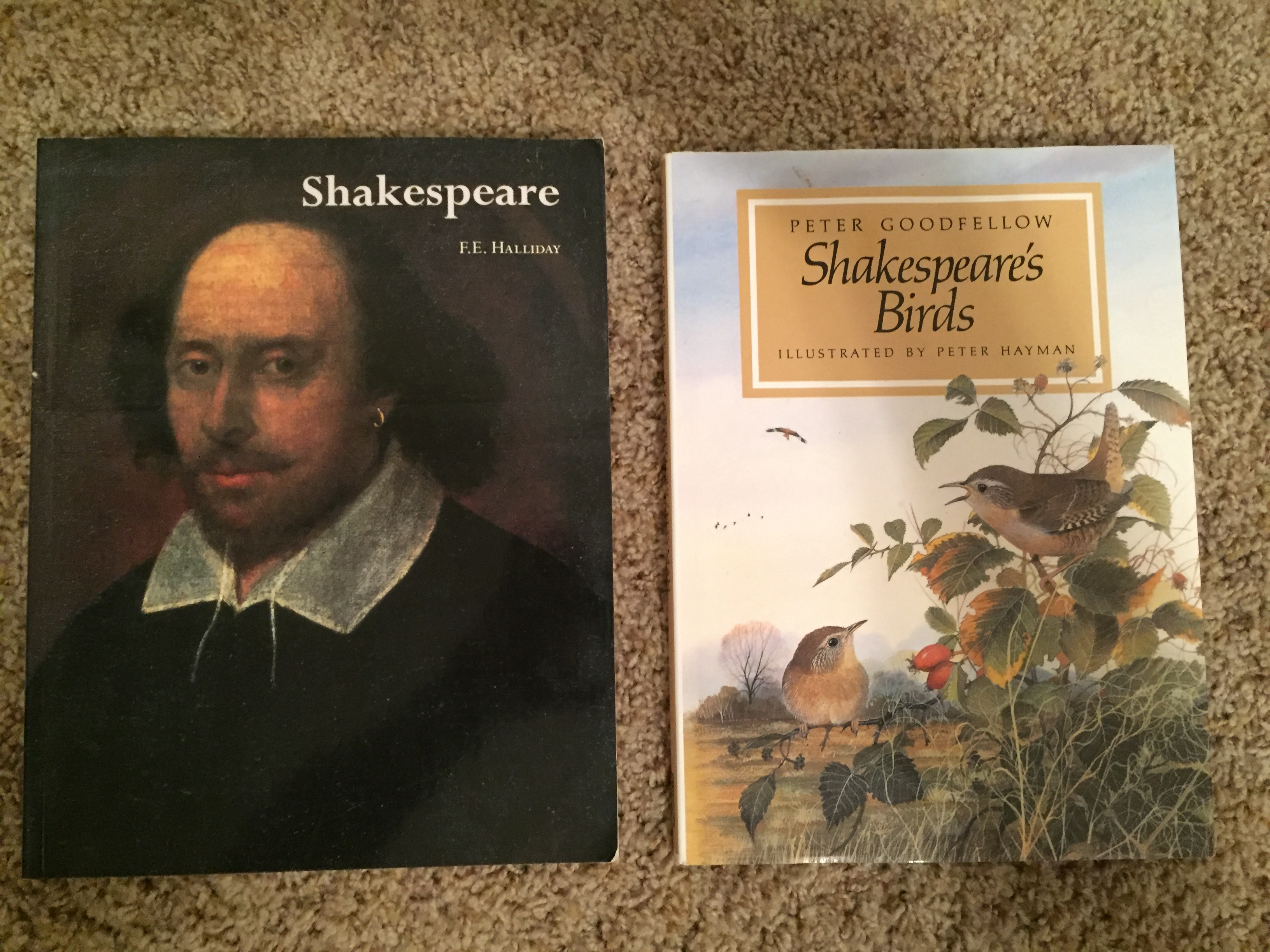 2 Shakespeare books - both excellent condition