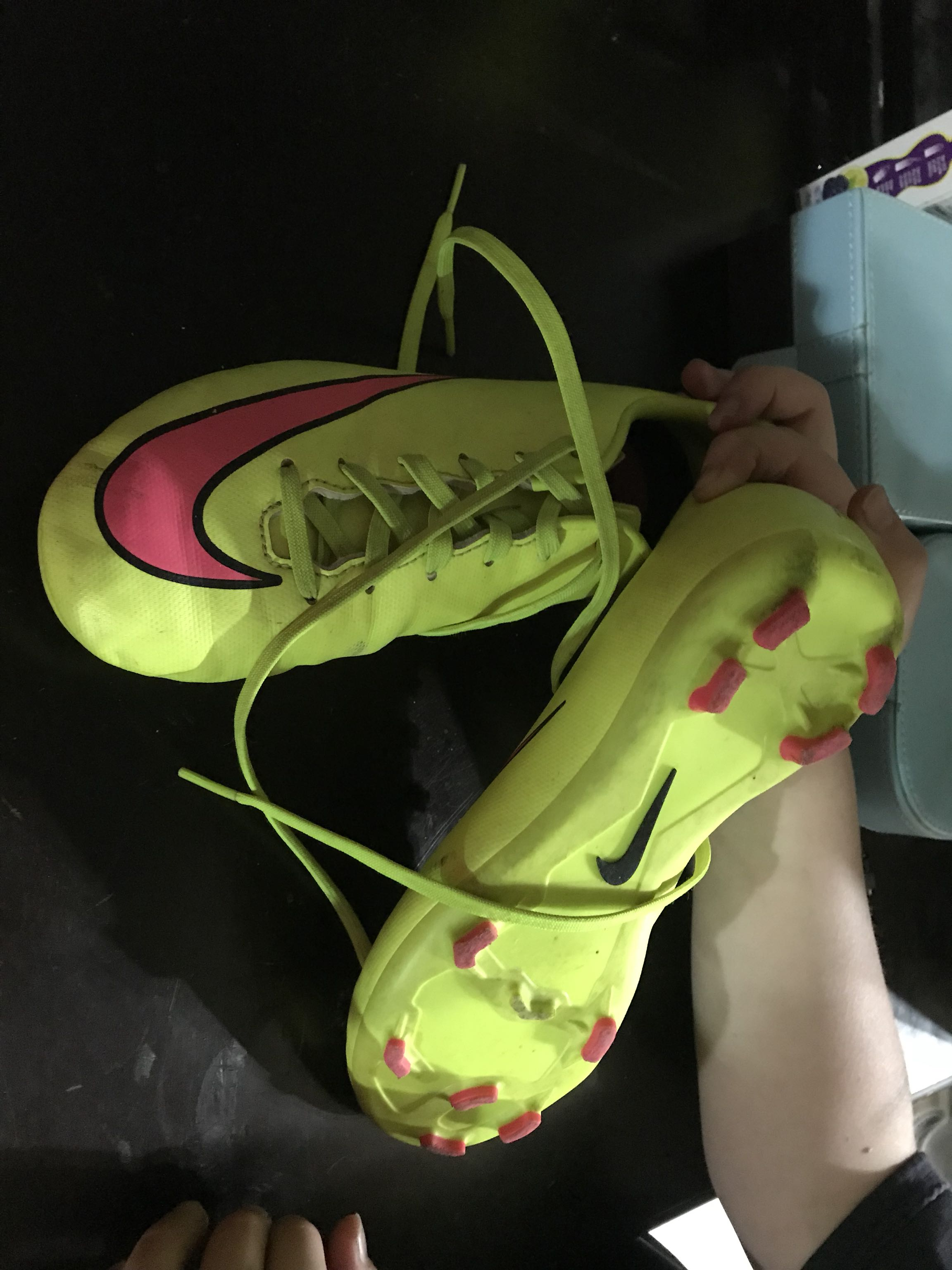 Youth soccer girls size 3.5