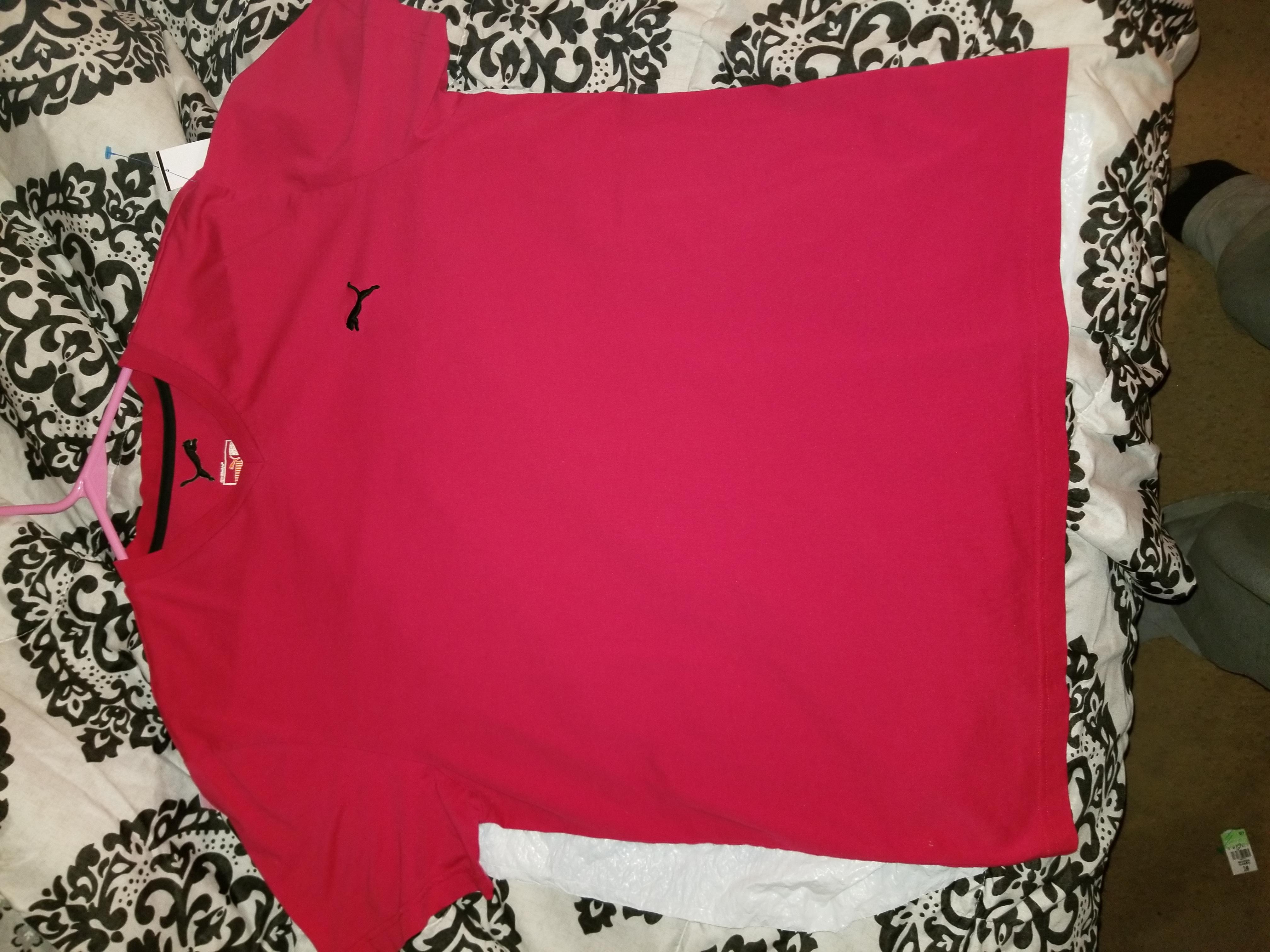 Red Puma T-shirt - XL