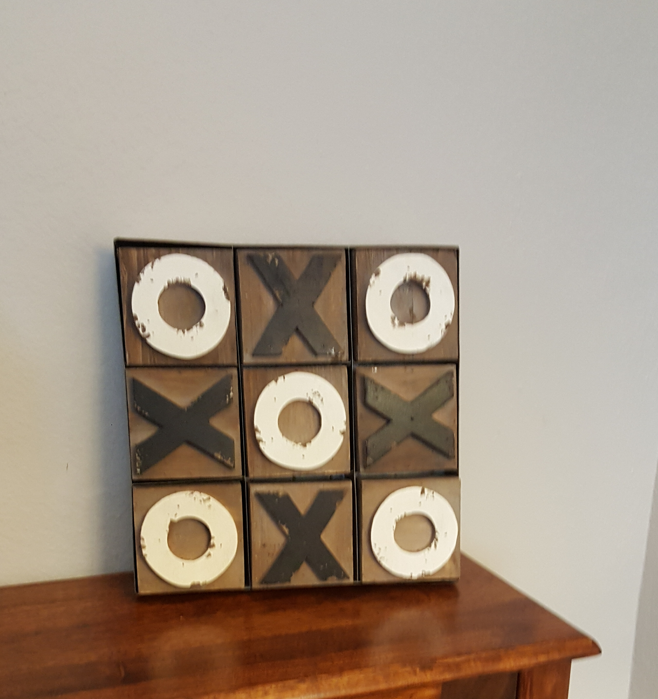 Farmhouse Tic-Tac-Toe Decor