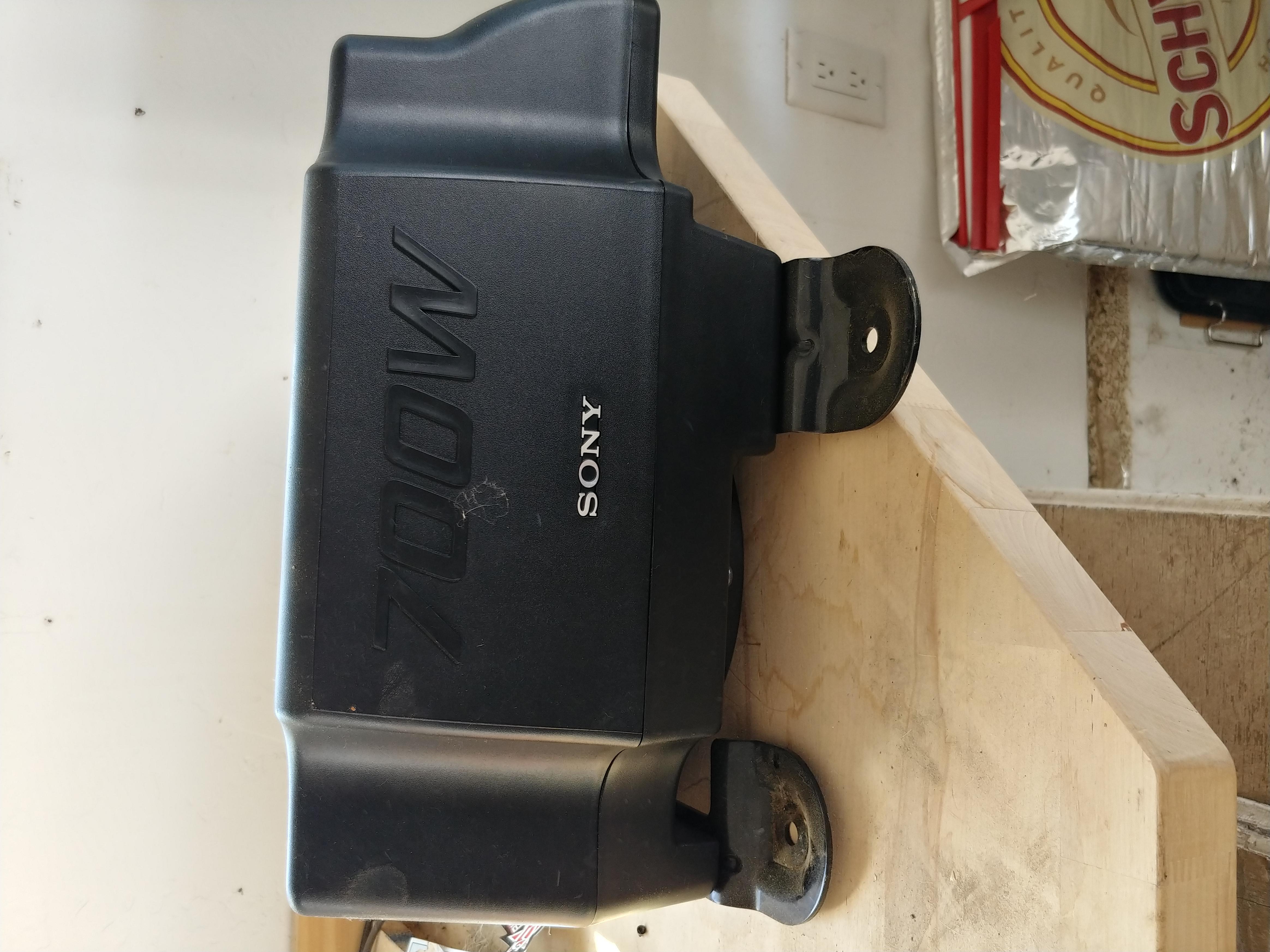 Sony 700w