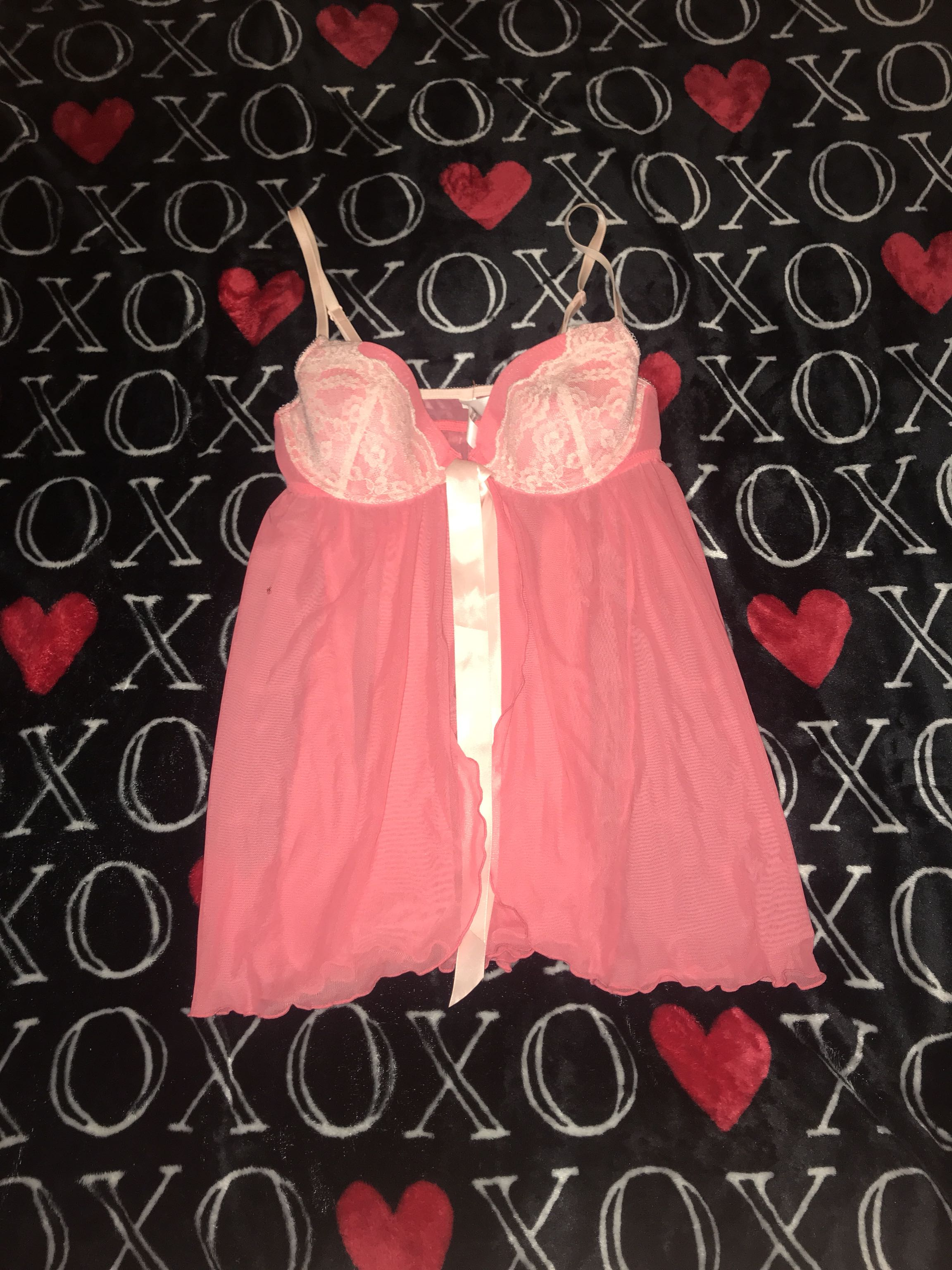 Pretty women's nightie size medium from Macy's