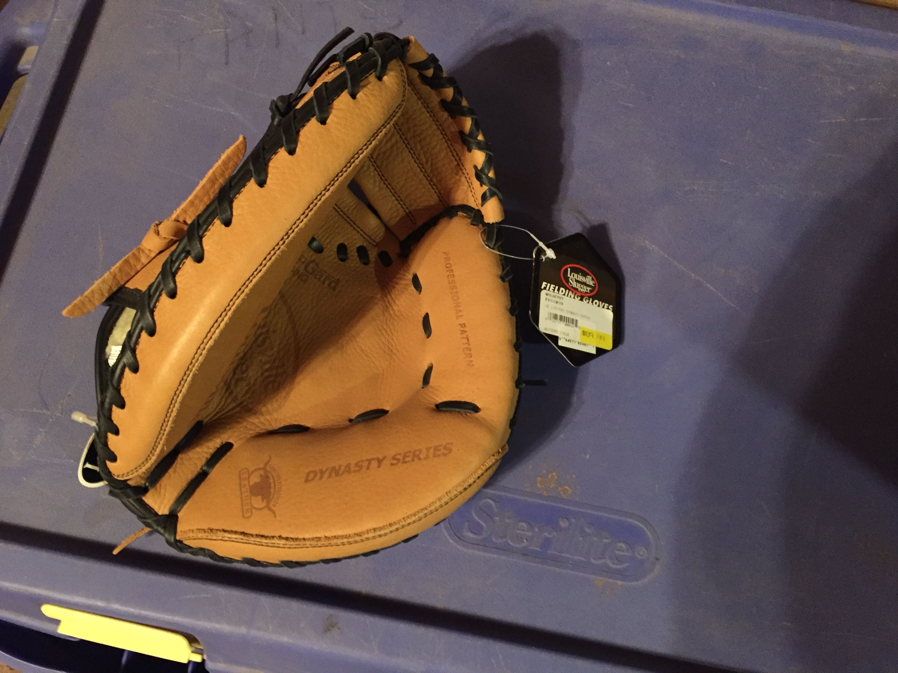 Back Catchers mitt brand new with tags