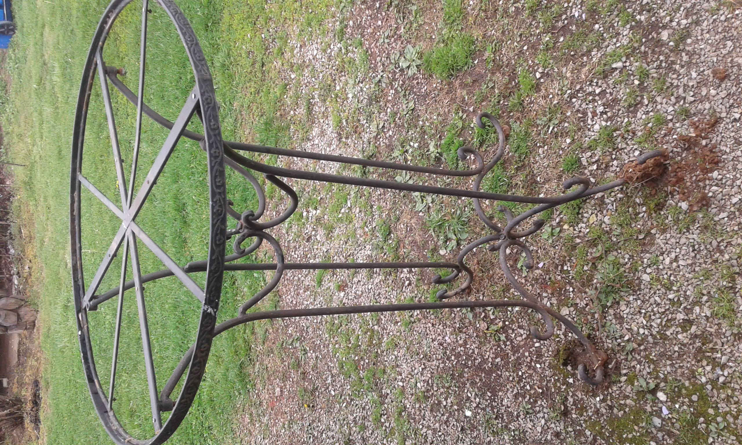 Heavy duty wrought iron table/2 chairs