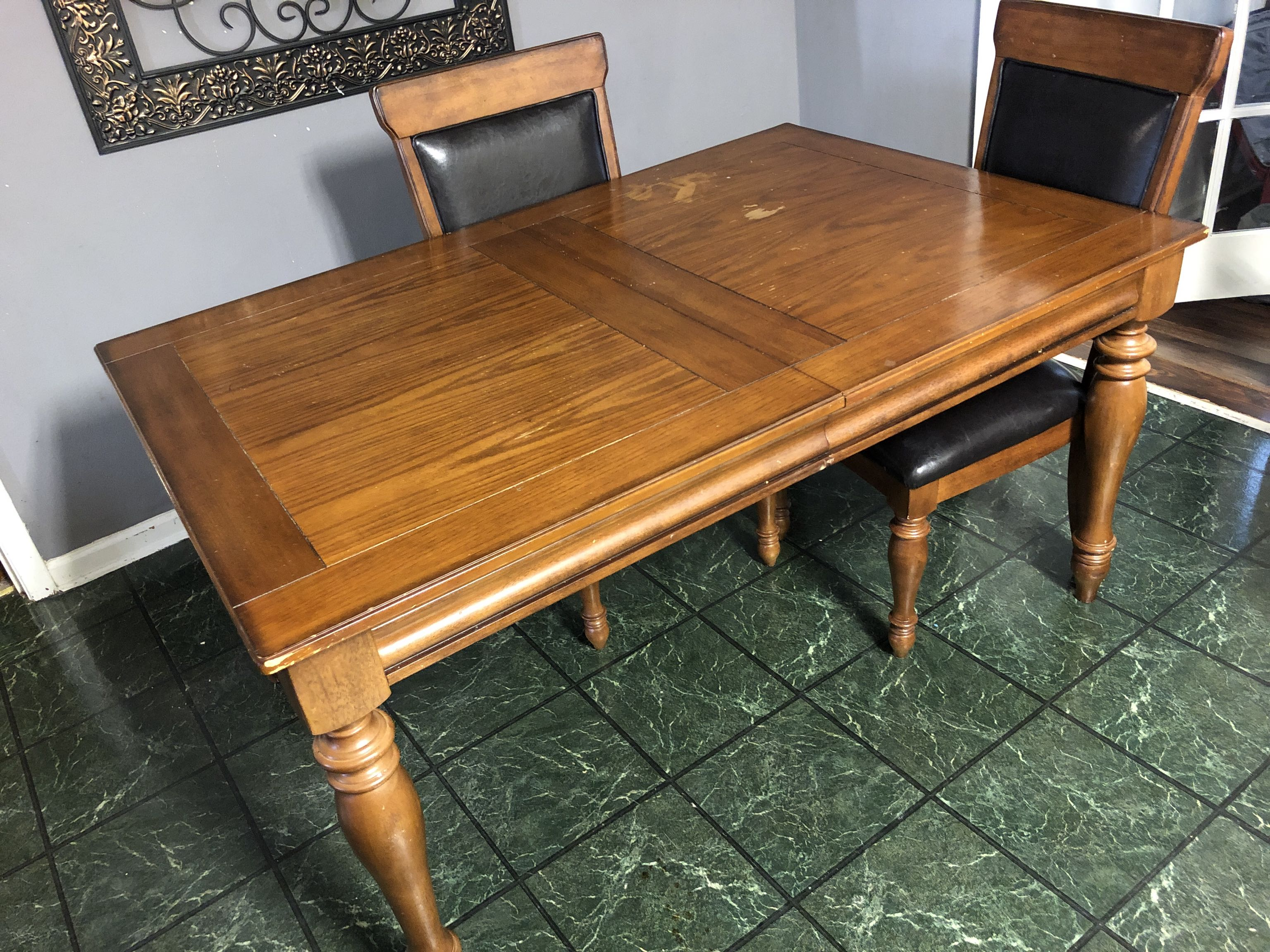 Kitchen table for sale.