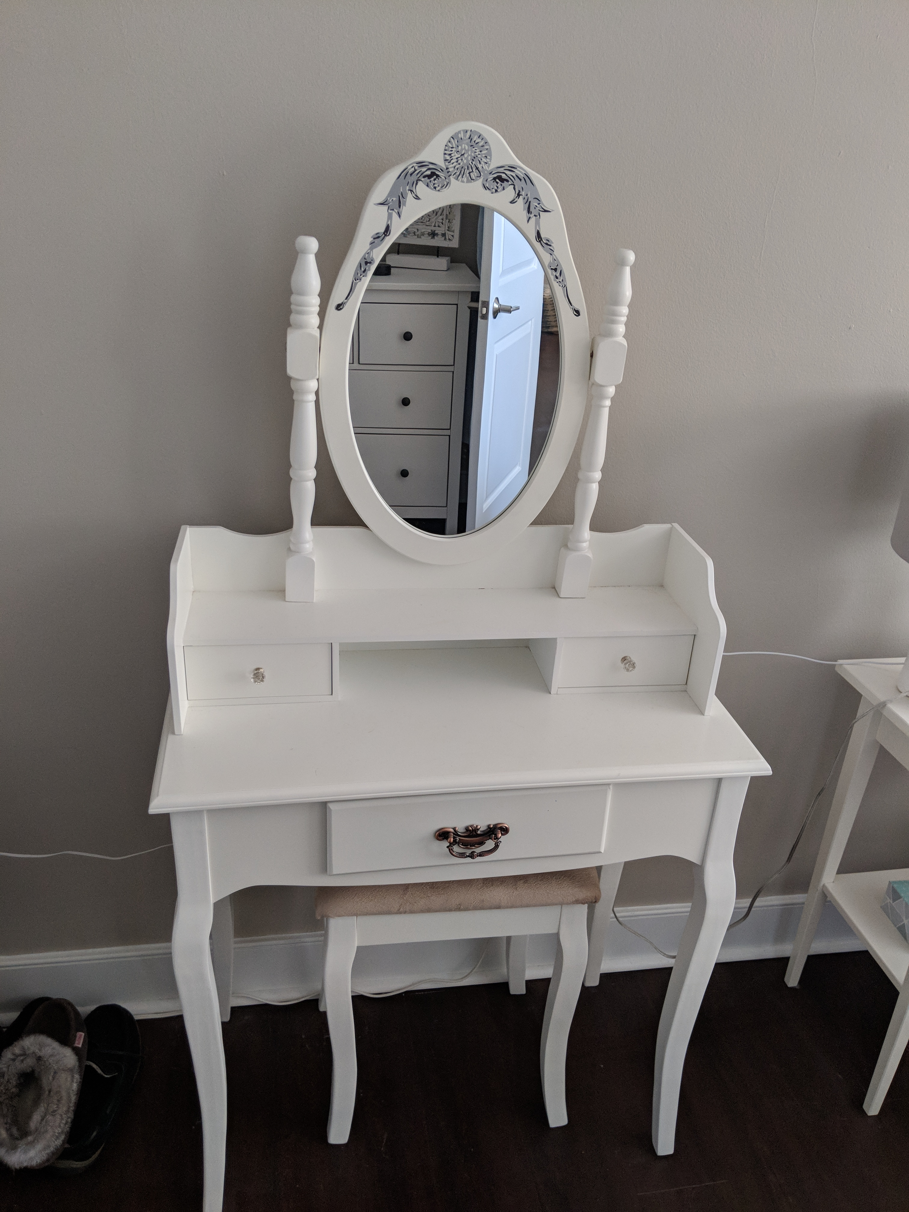 Vanity Table with Mirror & Bench