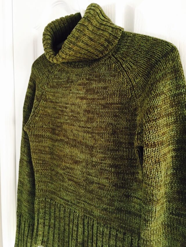 Vintage Ladies Hennes H&M Roll Neck Green Sweater Size Small