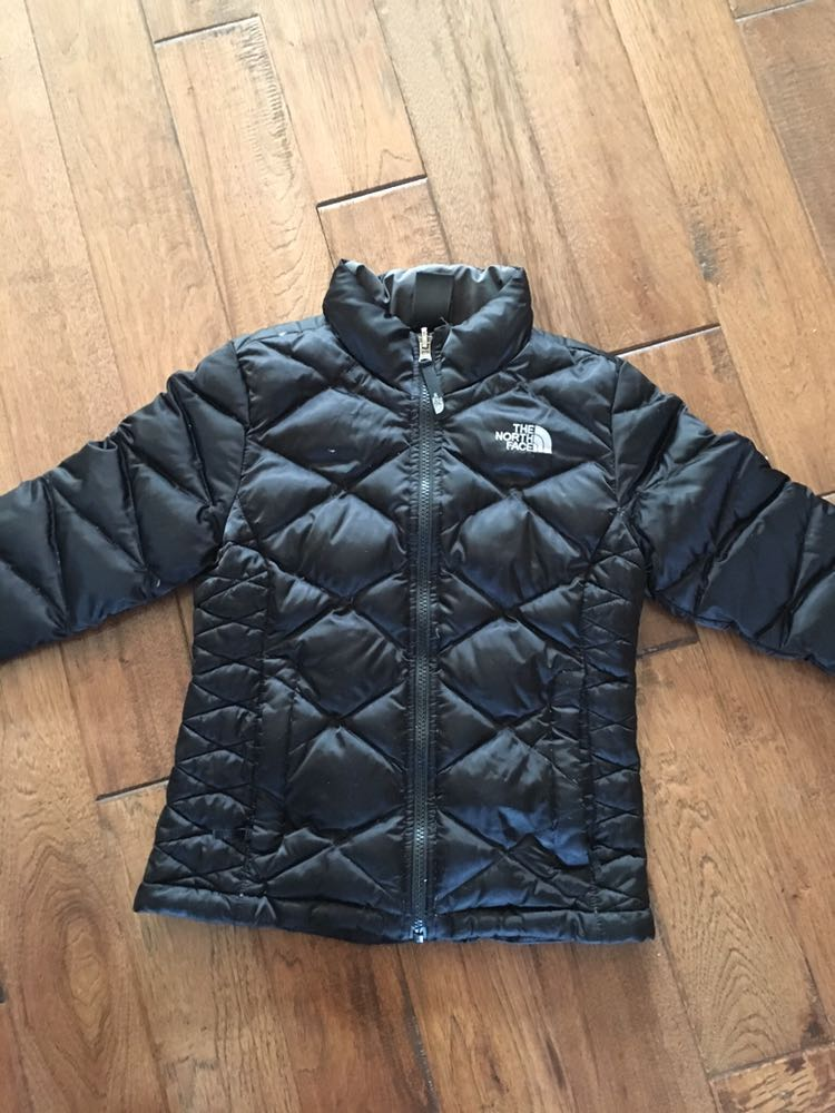 EUC size 7/8 north face spring/fall down filled jacket. Pick up in maple ridge. $30
