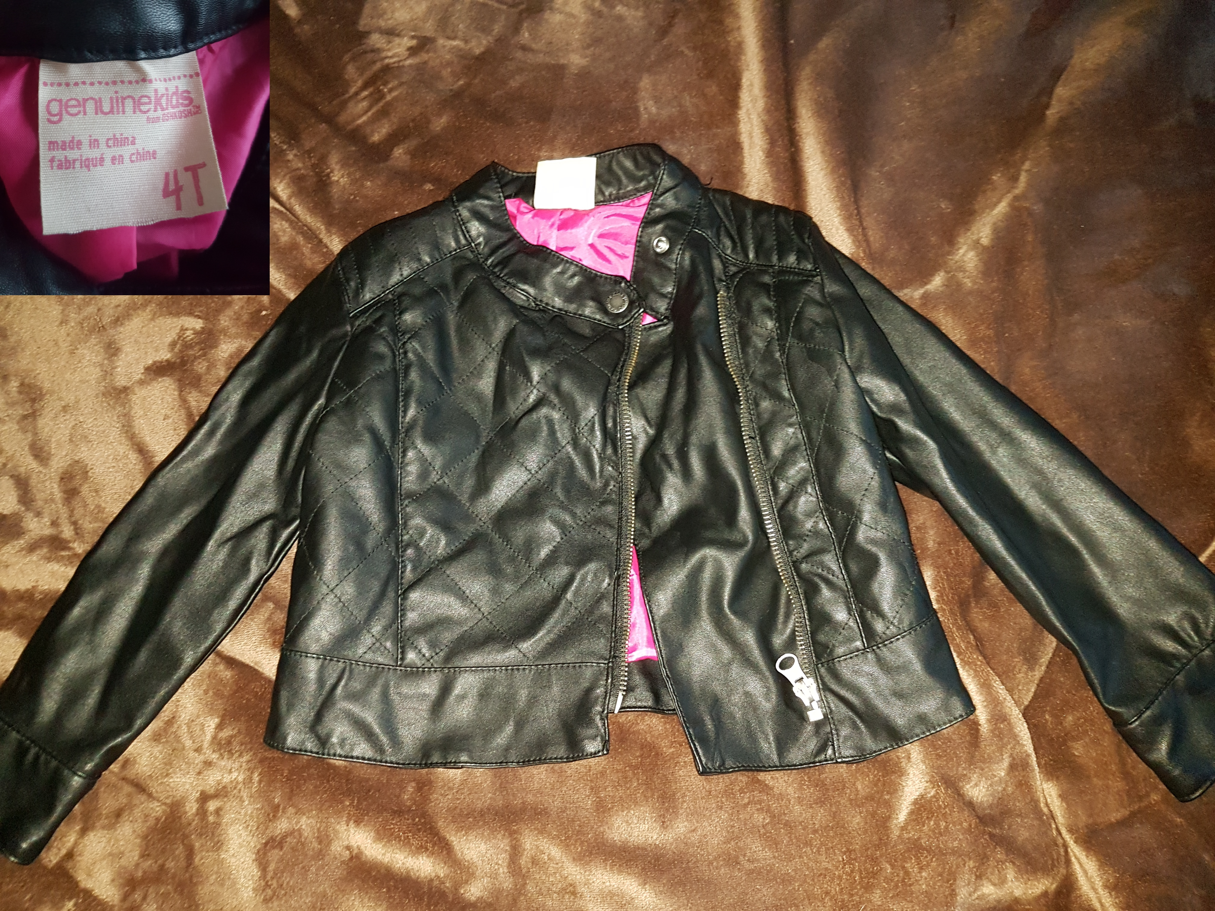 Cute leather jacket 4t