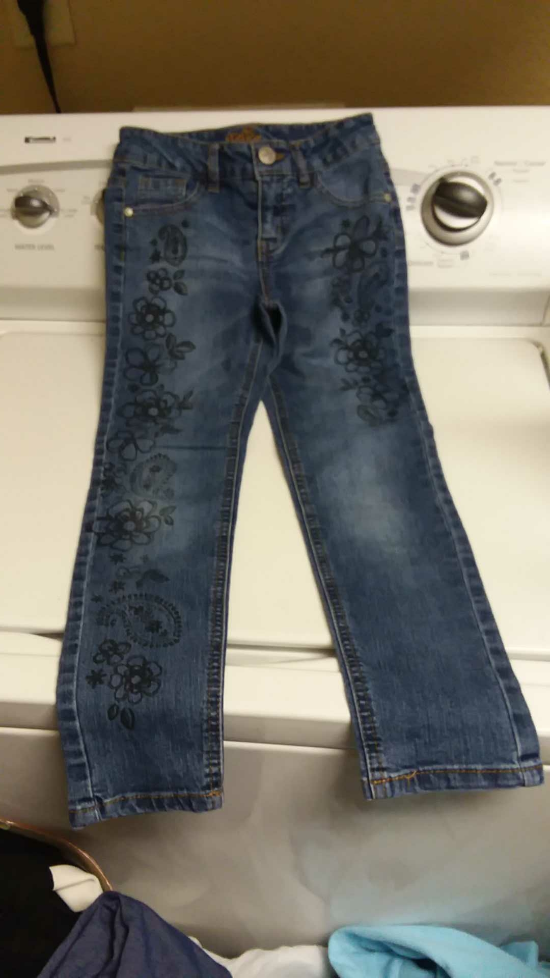 Justice girls jeans SZ 8. GUC
