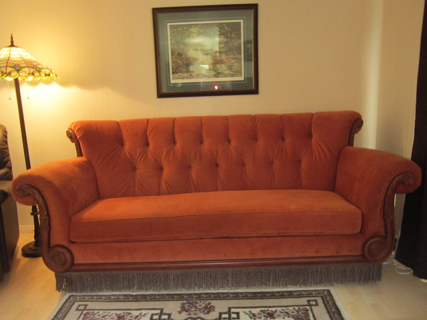 "Sitcom ""Friends"" Replica Couch"