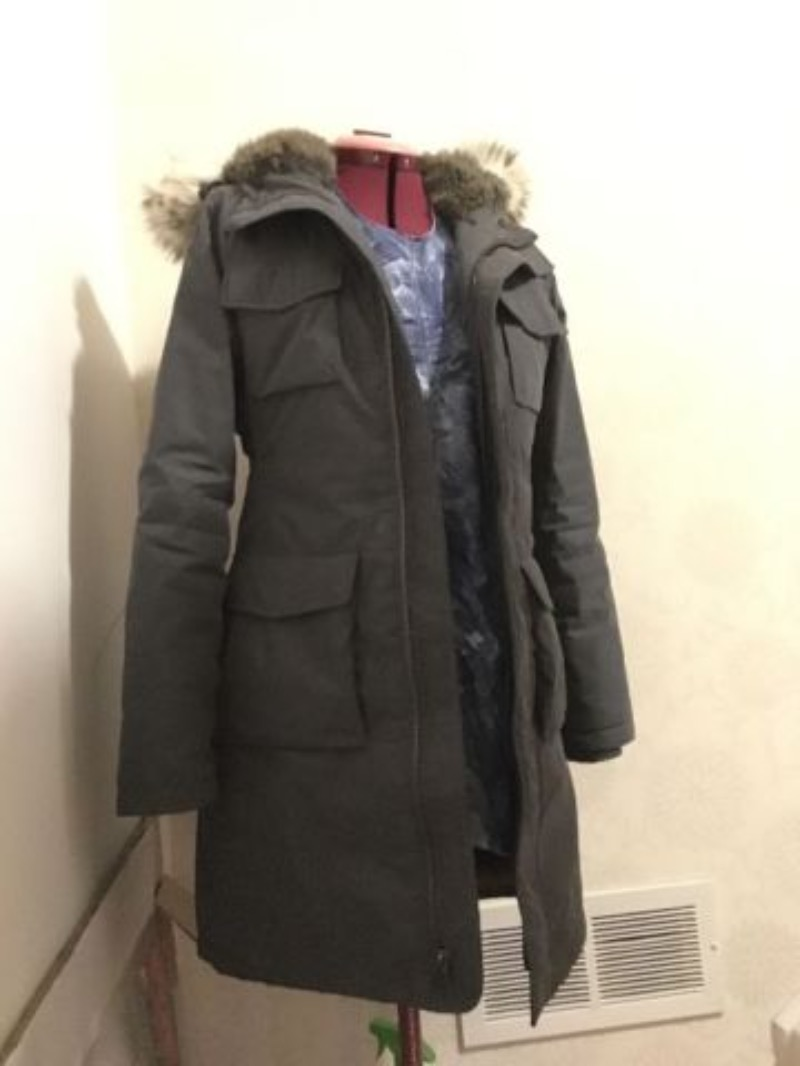 ARITZIA TNA BLACKCOMB PARKA BRAND NEW