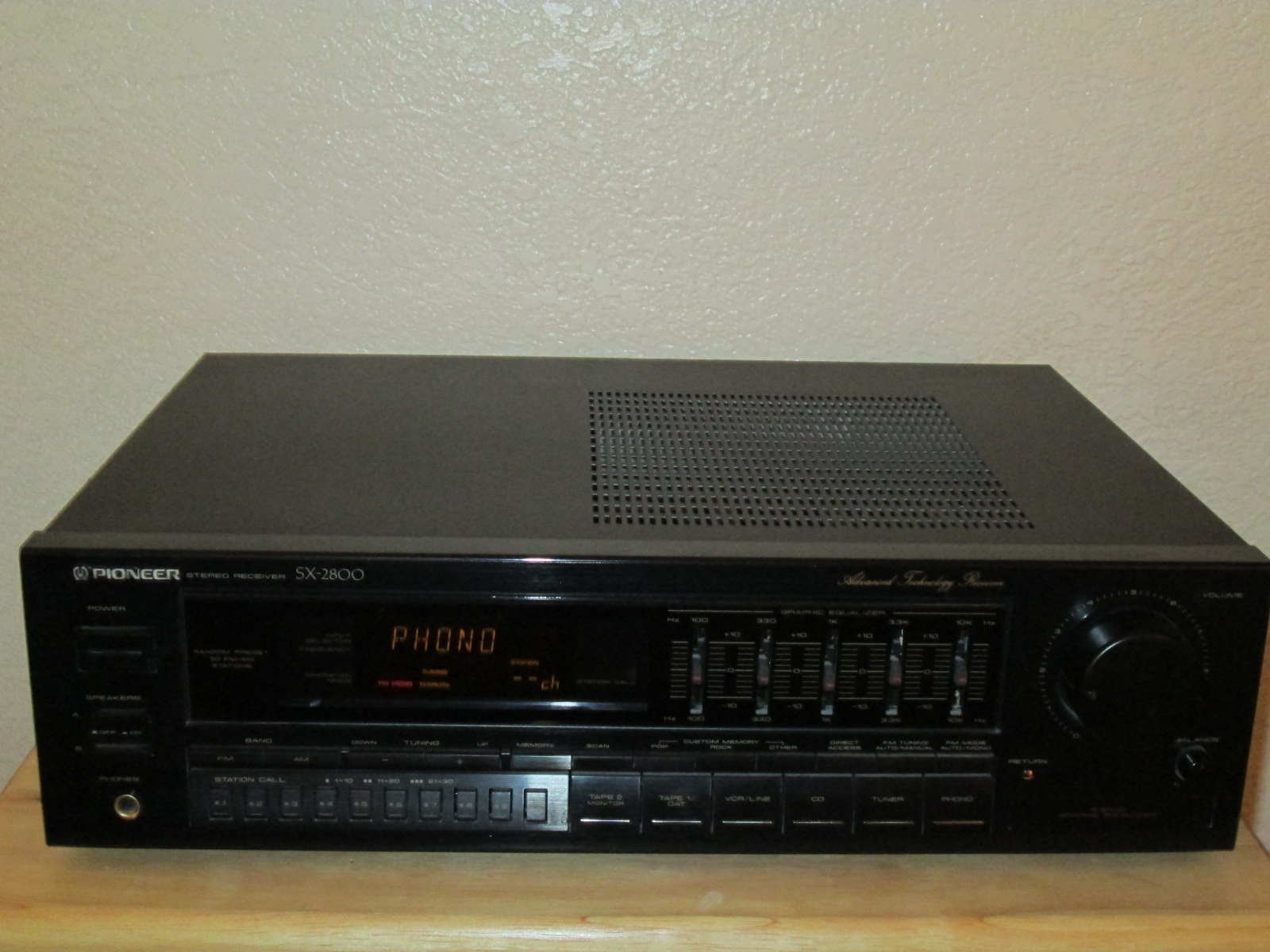 Vintage Pioneer SX-2800 Stereo Receiver
