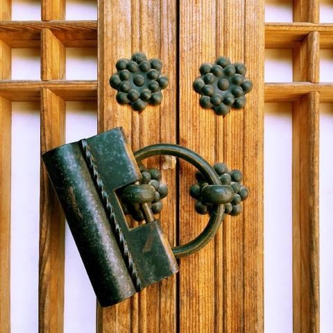 traditional window lock