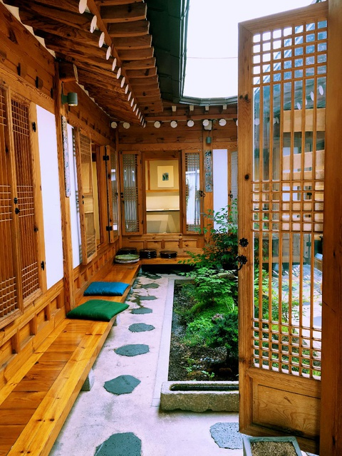 traditional house courtyard