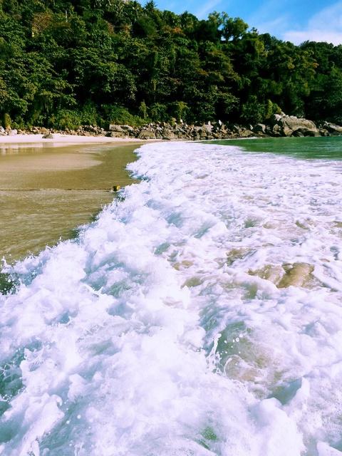 white washed waves