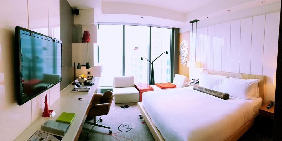 a nice and modern room