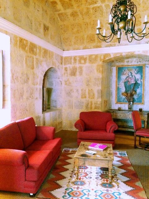 living room of senior suite 102