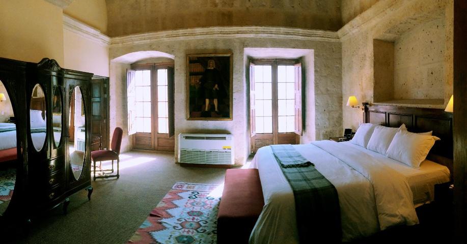 huge bedroom of senior suite 102
