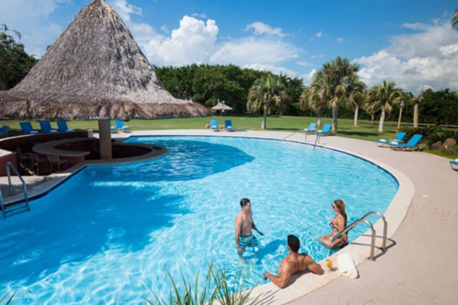 hodelpa garden suites golf and beach club vacation deals