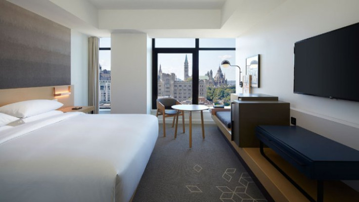 Andaz Ottawa Byward Market Cheap Vacations Packages Red