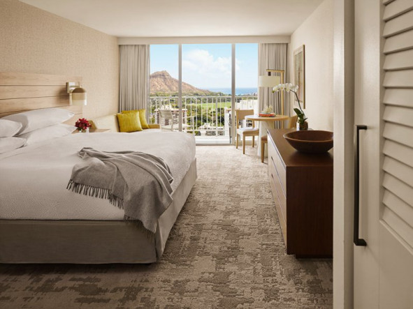 Pacific Beach Hotel Waikiki vacation deals - Lowest Prices