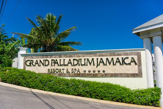 Grand Palladium Jamaica Vacation Deals Lowest Prices