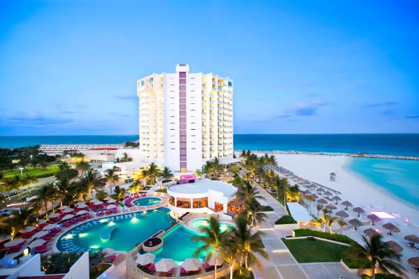 Cancun Vacations | Low Cost Vacations | Cheap Vacations to