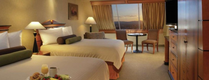 Luxor Hotel And Casino Cheap Vacations Packages Red Tag