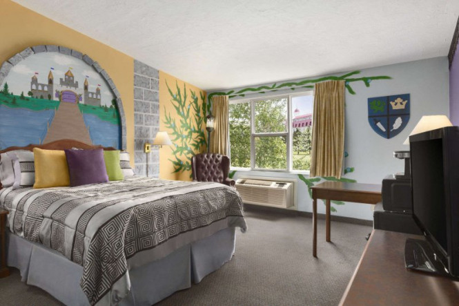 newstead belmont hills golf resort and spa cheap vacations. Black Bedroom Furniture Sets. Home Design Ideas
