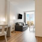 Aparthotel_Mariano_Cubi_Room
