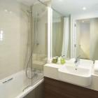 Citadines Holborn Covent Garden Room Bathroom