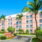 Comfort Suites Paradise Island Front