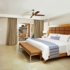Divi_Dutch_Village_Resort_Room