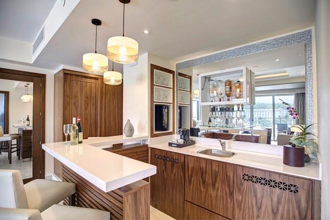 Diamond Club™ Luxury Presidential Two Bedroom Suite
