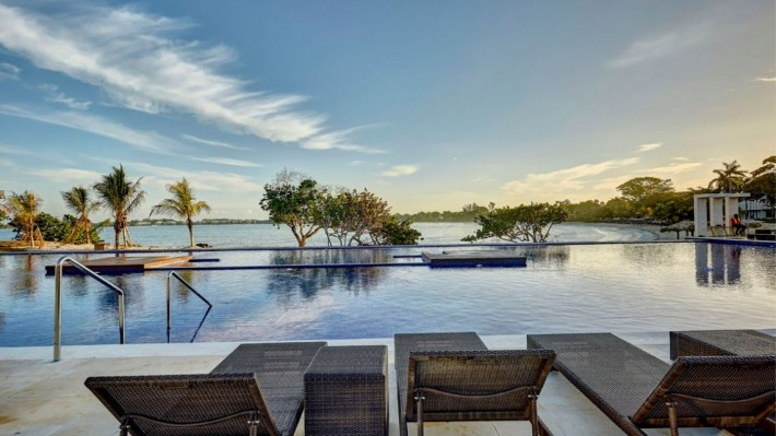 Hideaway At Royalton Negril Cheap Vacations Packages Red