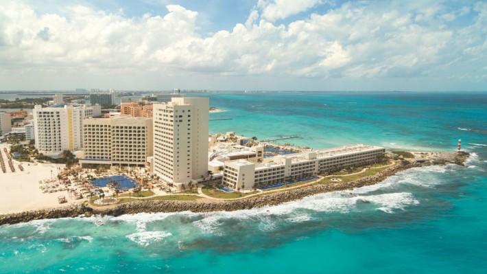 Hyatt Ziva Cancun Featuring Turquoize Vacation Deals