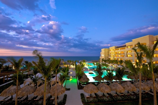 Iberostar Grand Hotel Rose Hall Vacation Deals Lowest Prices Promotions Reviews Last Minute Deals Itravel2000 Com