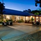 Island_Inn_Hotel
