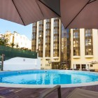 legenndary_lisbon_suites_pool