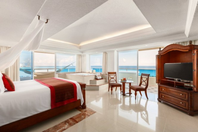 Master One-Bedroom Suite