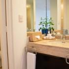 Oh Cancun Oasis Hotel Bathroom
