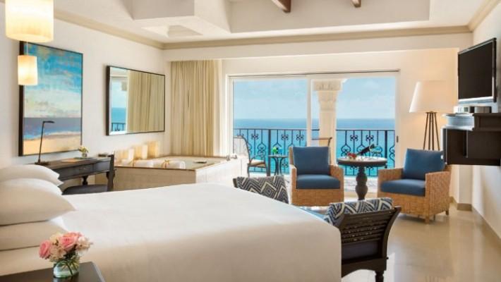 Ocean Front Luxury Suite King (Premium)