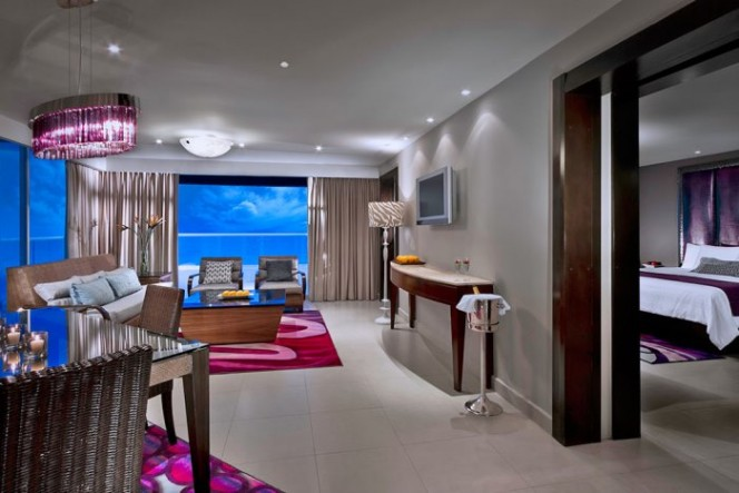 Rock Suite Platinum (2 Bedroom) With Personal Assistant