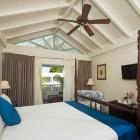 Savannah_Beach_Hotel_Room