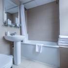 The_Phoenix_Hotel_Bathroom