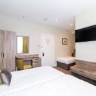 The_Phoenix_Hotel_Room