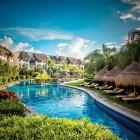Valentin Imperial Riviera Maya Pool