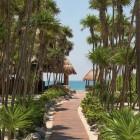 Valentin Imperial Riviera Maya Pathway