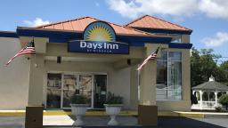 Days Inn by Wyndham Carlisle North